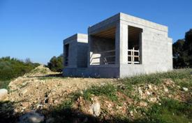 4 bedroom houses for sale in Umbria. Villas with sea view, Mattra, Italy