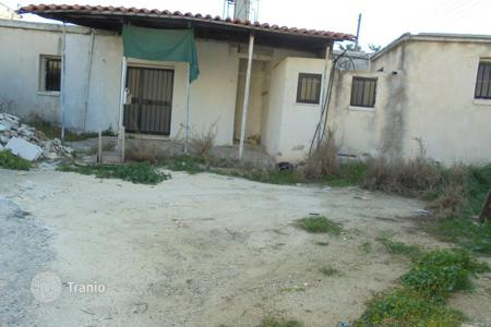 Cheap 3 bedroom houses for sale in Cyprus. Three bedroom traditional village house Peyia Village