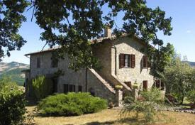 4 bedroom houses for sale in Siena. Villa – San Casciano dei Bagni, Tuscany, Italy