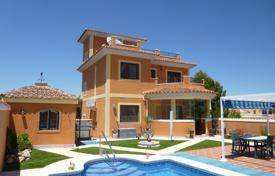 6 bedroom houses for sale in Costa Blanca. Villa – Alicante, Valencia, Spain