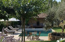 Property to rent in Provence - Alpes - Cote d'Azur. Villa – Saint-Antonin-du-Var, Provence — Alpes — Cote d'Azur, France