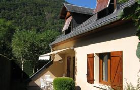 2 bedroom houses for sale in France. Villa – Occitanie, France