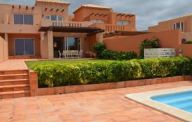 3 bedroom houses for sale in Canary Islands. Villa – Adeje, Canary Islands, Spain
