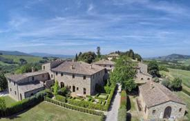 4 bedroom houses for sale in Volterra. Unique estate in Volterra, Tuscany, Italy