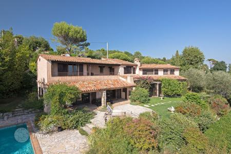 4 bedroom houses for sale in Chateauneuf-Grasse. Cannes Backcountry — Panoramic views, totally quite