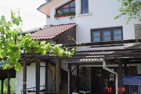 6 bedroom houses for sale in Bulgaria. Detached house - Gabrovo, Bulgaria
