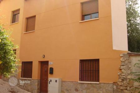 Property for sale in Castille La Mancha. Villa – Guadalajara, Castille La Mancha, Spain