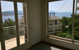 Coastal property for sale in Athenian Riviera - Buy beach