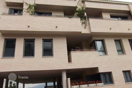 Property for sale in Castellví de Rosanes. Apartment – Castellví de Rosanes, Catalonia, Spain