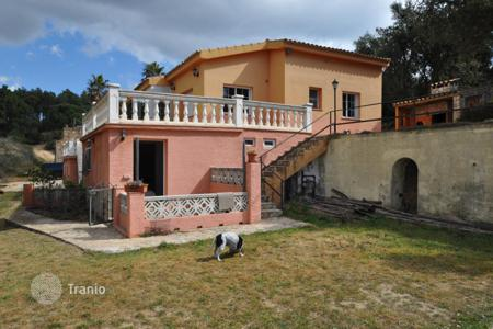5 bedroom houses for sale in Tossa de Mar. Villa – Tossa de Mar, Catalonia, Spain