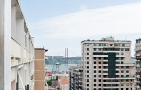 3 bedroom apartments for sale in Portugal. Apartment – Lisbon, Portugal