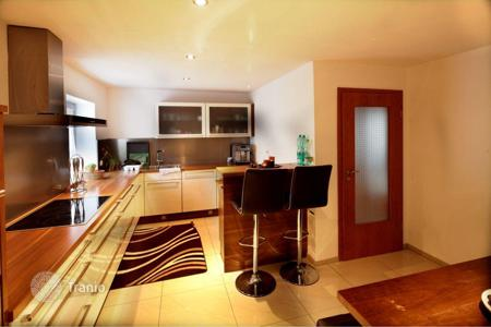Cheap 3 bedroom apartments for sale in Germany. 5-room apartment in Titisee-Neustadt