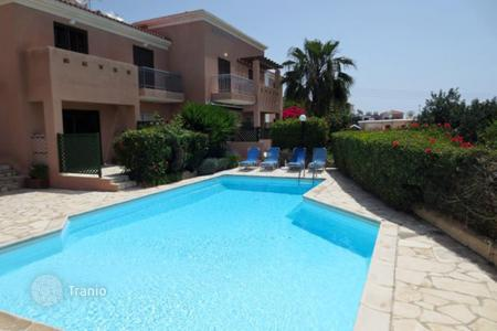 Cheap townhouses for sale in Cyprus. Terraced house – Peyia, Paphos, Cyprus
