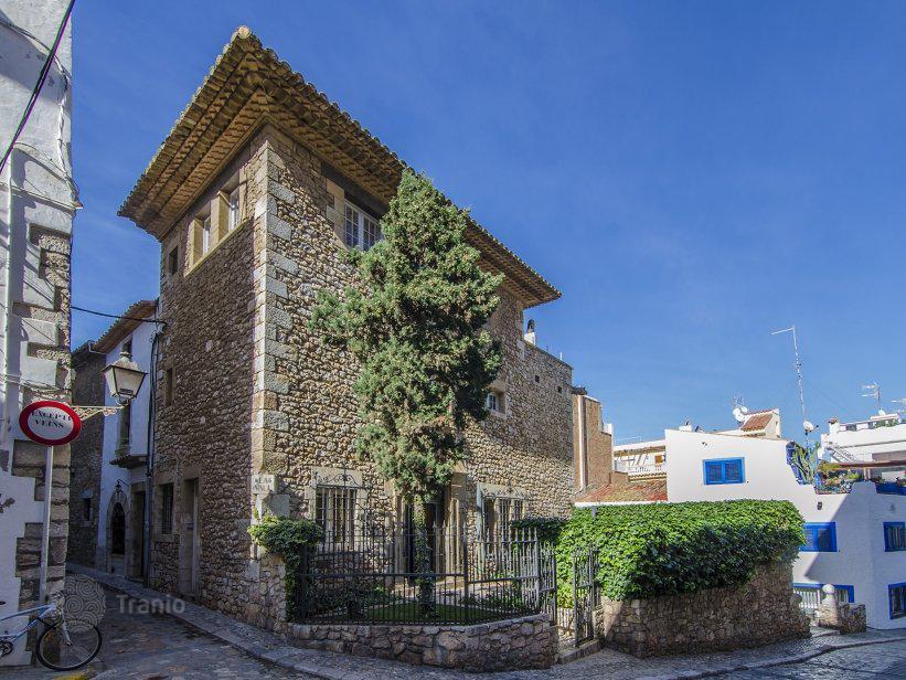 Дом в каталонии купить