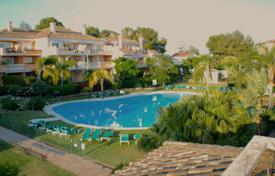 2 bedroom houses for sale in Costa del Sol. Duplex Penthouse for sale in Guadalmansa Playa, Estepona