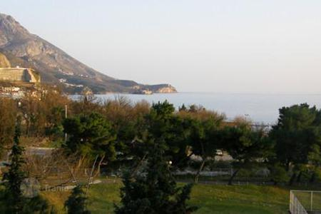 Apartments with pools by the sea for sale in Montenegro. Apartment – Budva, Montenegro