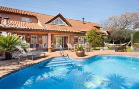 5 bedroom houses for sale in Catalonia. Villa – Sant Cugat del Vallès, Catalonia, Spain