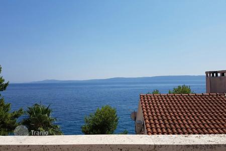 Coastal residential for sale in Trogir. House 40 m from the sea