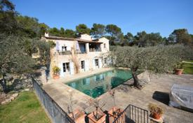 Residential for sale in Valbonne. Villa – Valbonne, Côte d'Azur (French Riviera), France