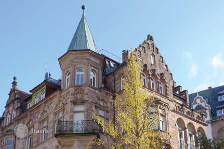 3 bedroom apartments for sale in Baden-Wurttemberg. Luxury apartment in a historic building with views of the mountains and the forest, Baden-Baden, Germany