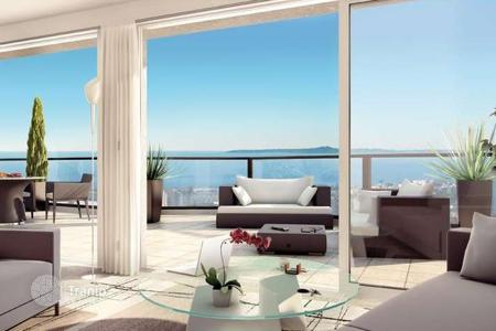 Cheap apartments for sale in Provence - Alpes - Cote d'Azur. New residence with pool in Nice