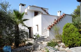 Residential for sale in Apulia. Stone two-storey villa with a terrace, a garden, a guest house and a sea view, Santa Maria di Leuca, Italy