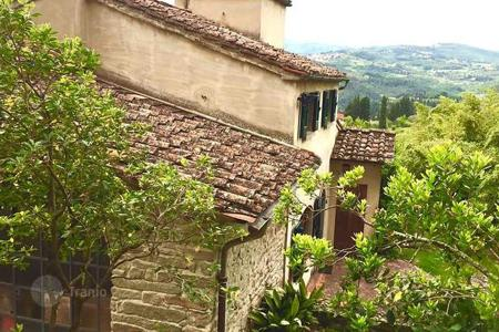 Property for sale in Fiesole. Villa – Fiesole, Tuscany, Italy