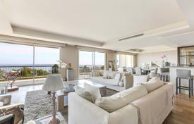 Luxury 3 bedroom apartments for sale in Côte d'Azur (French Riviera). Аpartment with a garage, in a residential complex with a park, a swimming pool and a tennis court, Cannes, France