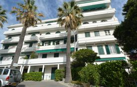 Property for sale in Côte d'Azur (French Riviera). Apartment 5 rooms — Juan les Pins Badine