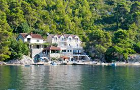 Property for sale in Dubrovnik Neretva County. Stone villa with a plot, docks for boats, terraces and a sea view, Peljesac, Croatia