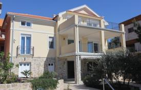 Houses with pools for sale in Herceg Novi (city). Villa – Herceg Novi (city), Herceg-Novi, Montenegro