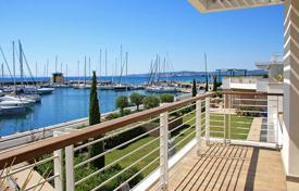 Apartments with pools for sale in Tuscany. Apartment in Tuscany