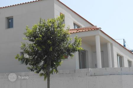 Property for sale in Teià. NEW HOUSE in Teia with a beautiful terrace and a balcony. Good location in quiet area near the beach