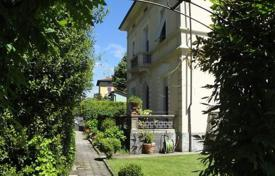 Property for sale in Barga. Historic villa with a garage and a garden in Barga, Tuscany, Italy