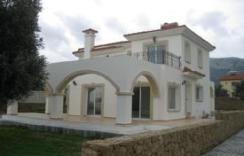 Coastal houses for sale in Çatalköy. Villa – Çatalköy, Kyrenia, Cyprus