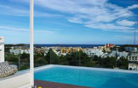 5 bedroom houses by the sea for sale in Ibiza. Five bedrooms villa in Santa Eulalia