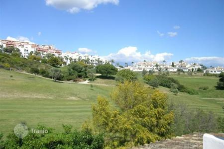 Residential for sale in La Duquesa. Terraced house – La Duquesa, Andalusia, Spain